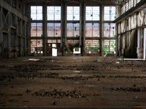 Fábrica abandonada - de nuevo a frente Imágenes de archivo libres de regalías