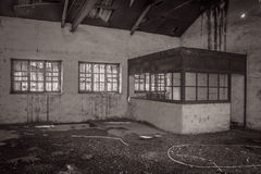 Fábrica abandonada escritório Fotografia de Stock Royalty Free