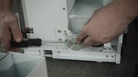 Fábrica da produção do microchip Processo tecnológico Montando a placa Perito de computador manufacturing engenharia filme