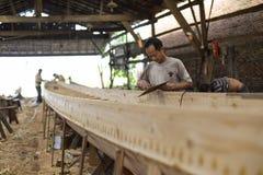 Fábrica de Dragon Boat en Guangzhou imágenes de archivo libres de regalías