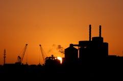 Fábrica de la puesta del sol Imagen de archivo libre de regalías