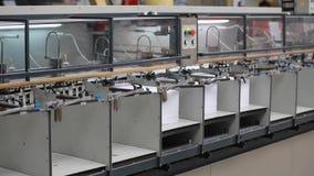 Fábrica de papel da cópia, máquina da tipografia no trabalho video estoque