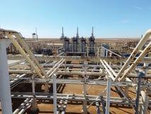 Fábrica de tratamento do gás fotografia de stock