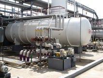 Fábrica del refino de petróleo Fotografía de archivo libre de regalías