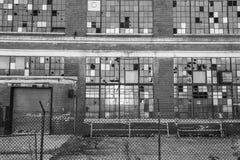 Fábrica industrial abandonada - II urbano de la desolación, llevado, rota y olvidado Foto de archivo