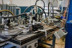 Fábrica industrial de la fabricación, fondo de las máquinas imágenes de archivo libres de regalías