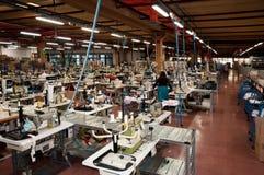 Fábrica italiana de la ropa Imágenes de archivo libres de regalías