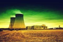 Fábrica nuclear Imagen de archivo libre de regalías