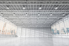 Fábrica vazia interior Imagens de Stock Royalty Free