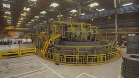 Fábrica vieja de producción auto de los componentes Warehouse del tubos de aluminio la producción de tubos del metal Soldadura de almacen de video