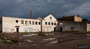 Fábrica vieja, Kolka, Letonia Fotografía de archivo