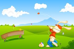 Coelho que joga o golfe com ovo da páscoa Imagens de Stock