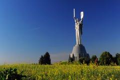 Fädernesland för Kiev statymoder Fotografering för Bildbyråer