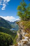 Fähre auf Fjord Stockfotos