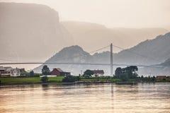 Fähre auf Fjord Stockbilder