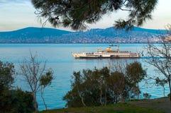 Fähre in Istanbul stockfotos