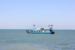 Fähre zu Si-Chang-Insel Lizenzfreie Stockbilder