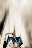 FÄHREN-HINTERE DOPPELmaschinen-ENERGIE DURCH MEERWASSER-BEWEGUNGSUNSCHÄRFE Stockfotografie
