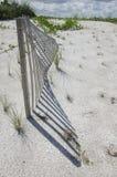 Fäktning för sanddyn Arkivbilder