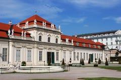 Fäll ned Belvedereslotten, Wien, Österrike Arkivfoto