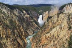 Fäll ned nedgångar av Yellowstone Royaltyfria Foton