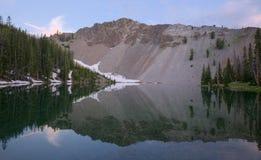 Fäll ned Norton Lake royaltyfria bilder