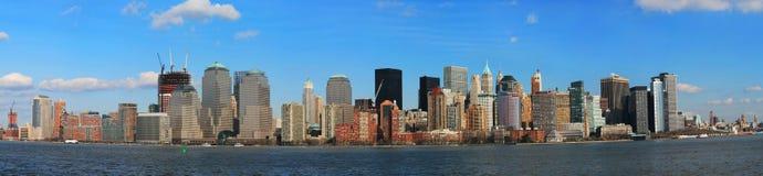 fäll ned sikten för manhattan panoramahorisont Royaltyfria Bilder