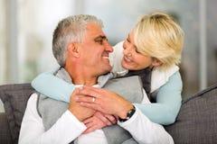 Fällige Paare in der Liebe Lizenzfreie Stockbilder