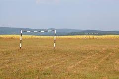 Fält för fotboll (fotboll) Fotografering för Bildbyråer