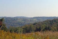 Fält och kullar Arkivbild