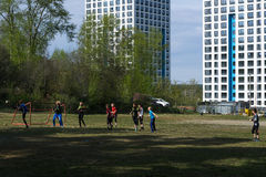 Fältet för fotboll i gården Fotografering för Bildbyråer