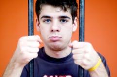 fängslad ungdom arkivbilder
