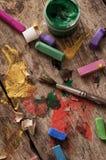 Färben Sie Farben, Zeichenstifte und Bleistifte für das Zeichnen Lizenzfreie Stockfotos