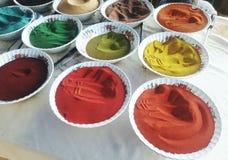 Färben Sie natürlichen Sand San der Farbsand-Natur lizenzfreies stockbild