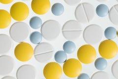 Färben Sie Pillen Stockfoto