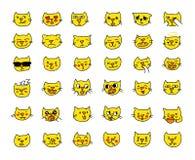Färg för guling för huvudet för katten för den Emoji klistermärkeuppsättningen, olika sinnesrörelser, tystar ned Dragit by räcka Royaltyfri Bild
