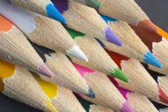 färga blyertspennor Arkivbild