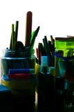 Färga renditon av spikar mappen med pennor och blyertspennor Fotografering för Bildbyråer