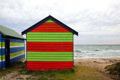 Färgad strandask Arkivfoto