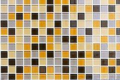 Färgad tegelplattavägg Royaltyfri Fotografi