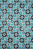 Färgad traditionell utsmyckad portugisisk dekorativ blått belägger med tegel azulejos arkivfoton