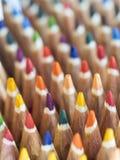 Färgade blyertspennaspetsar Arkivbild