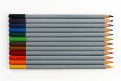 färgade blyertspennor Arkivbilder