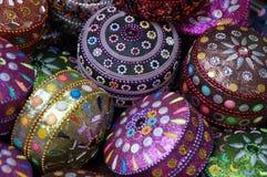 färgade cascets Royaltyfri Bild