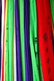 färgade flaggor arkivfoton