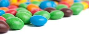färgade godisar Arkivbild