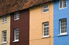 färgade hus Fotografering för Bildbyråer