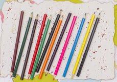 färgade många blyertspennor Royaltyfria Foton