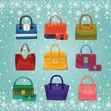 Färgade modekvinnors handväskor Vinter Royaltyfria Bilder
