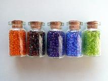 färgade pärlor Royaltyfri Fotografi